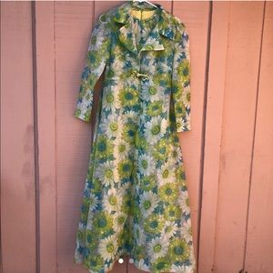 Dresses & Skirts - 💐 STUNNING 1960s FLORAL DRESS AND SHEER DUSTER 💐